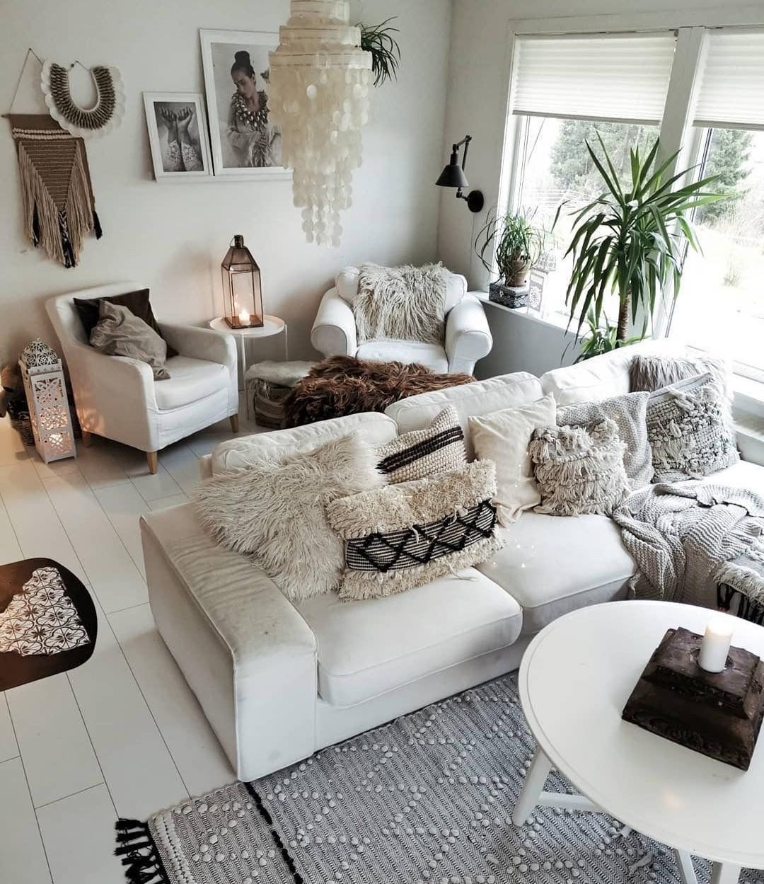 Monotone room with a hint of Boho decor. Boho done right ...