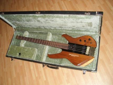 sammlungsaufl sung 90er status washburn headless bass in niedersachsen wolfsburg. Black Bedroom Furniture Sets. Home Design Ideas