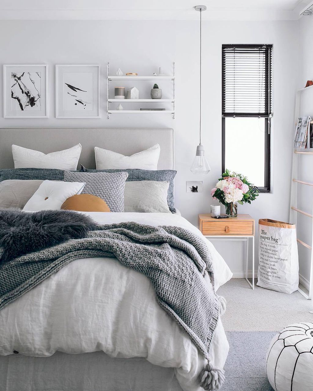 65 inspiring modern farmhouse bedroom decor ideas for Modern farmhouse bedroom