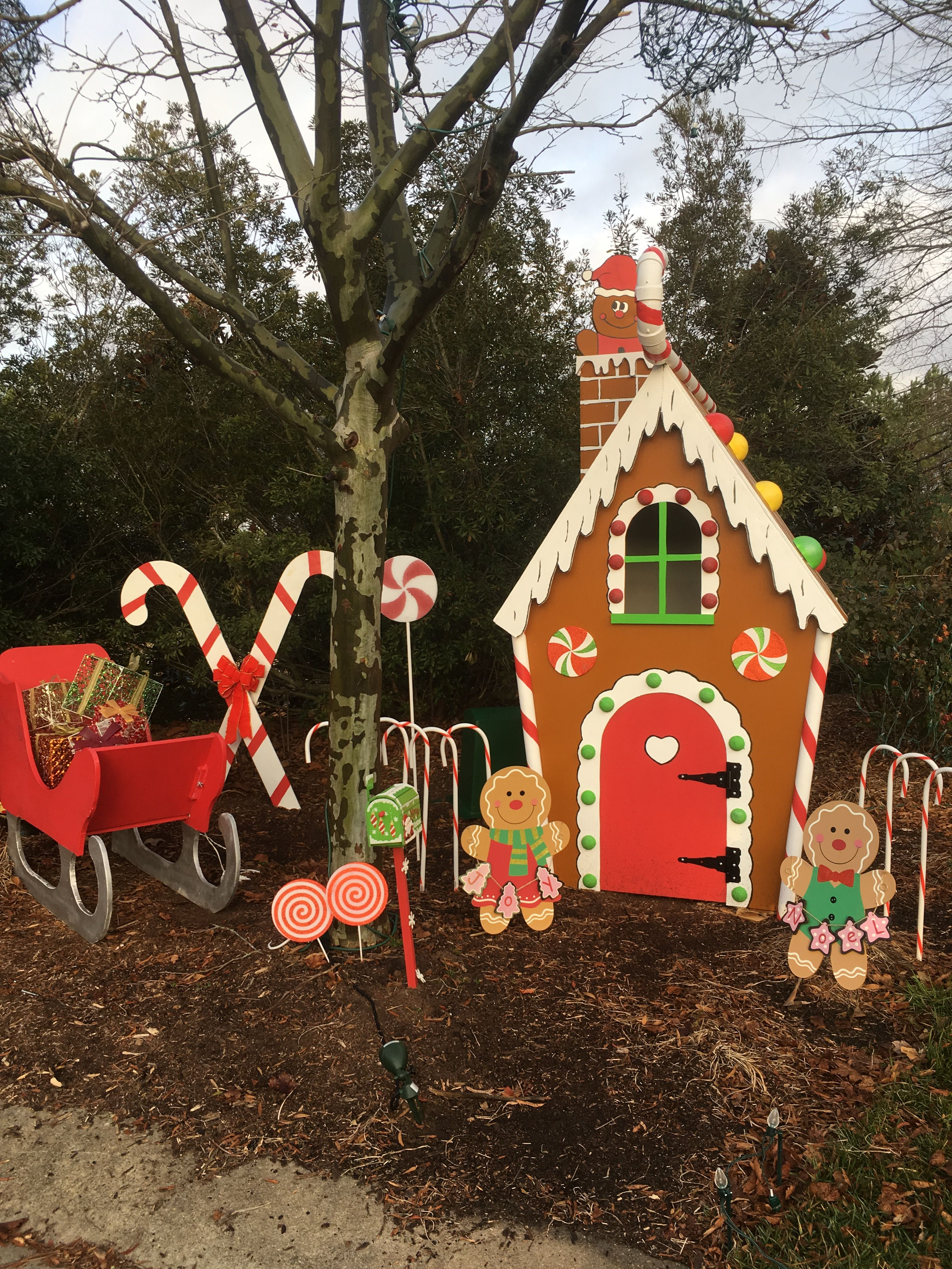 Wooden Gingerbread House Life Sized Outside Christmas Decorations Christmas Decorations Diy Outdoor Christmas Yard Decorations