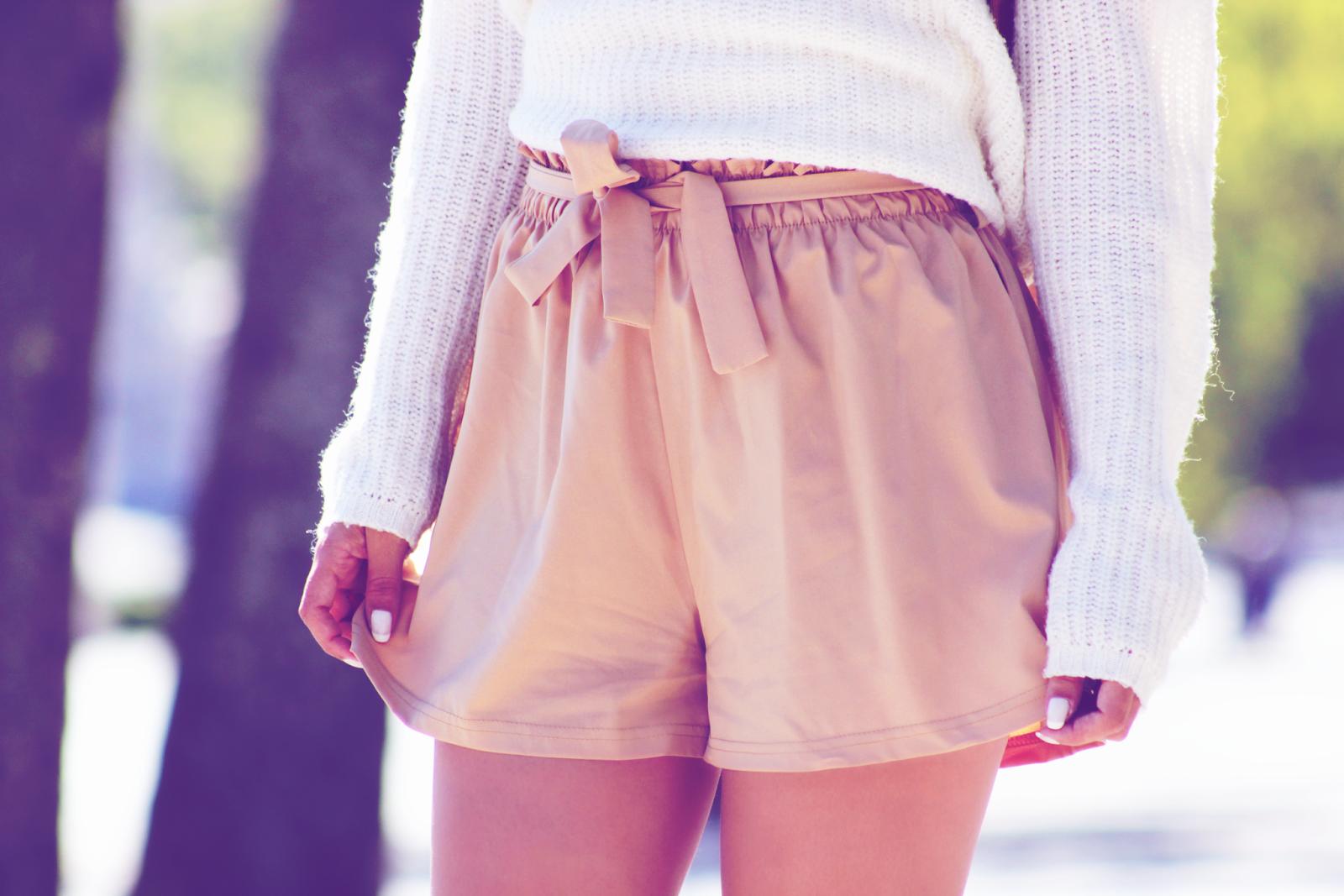 Rossetto http://www.cndirect.com/korean-style-fashion-women-high-waist-elastic-loose-pants-shorts 2$