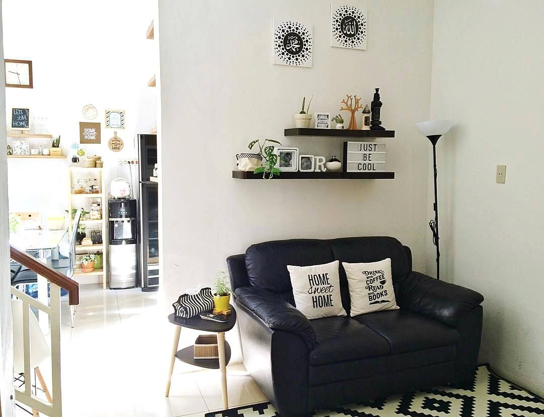 Desain Ruang Tamu Sederhana Sofa Minimalis