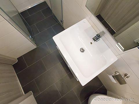 Gefliest Dusche Gäste WC BÄDER SEELIG Gäste wc, Dusche