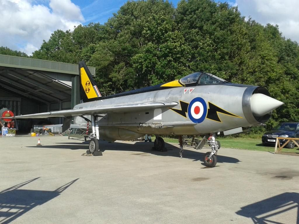 Ooh, just seen this update on English Electric Lightning F.3 XR713 at Bruntingthorpe. She looks absolutely stunning!