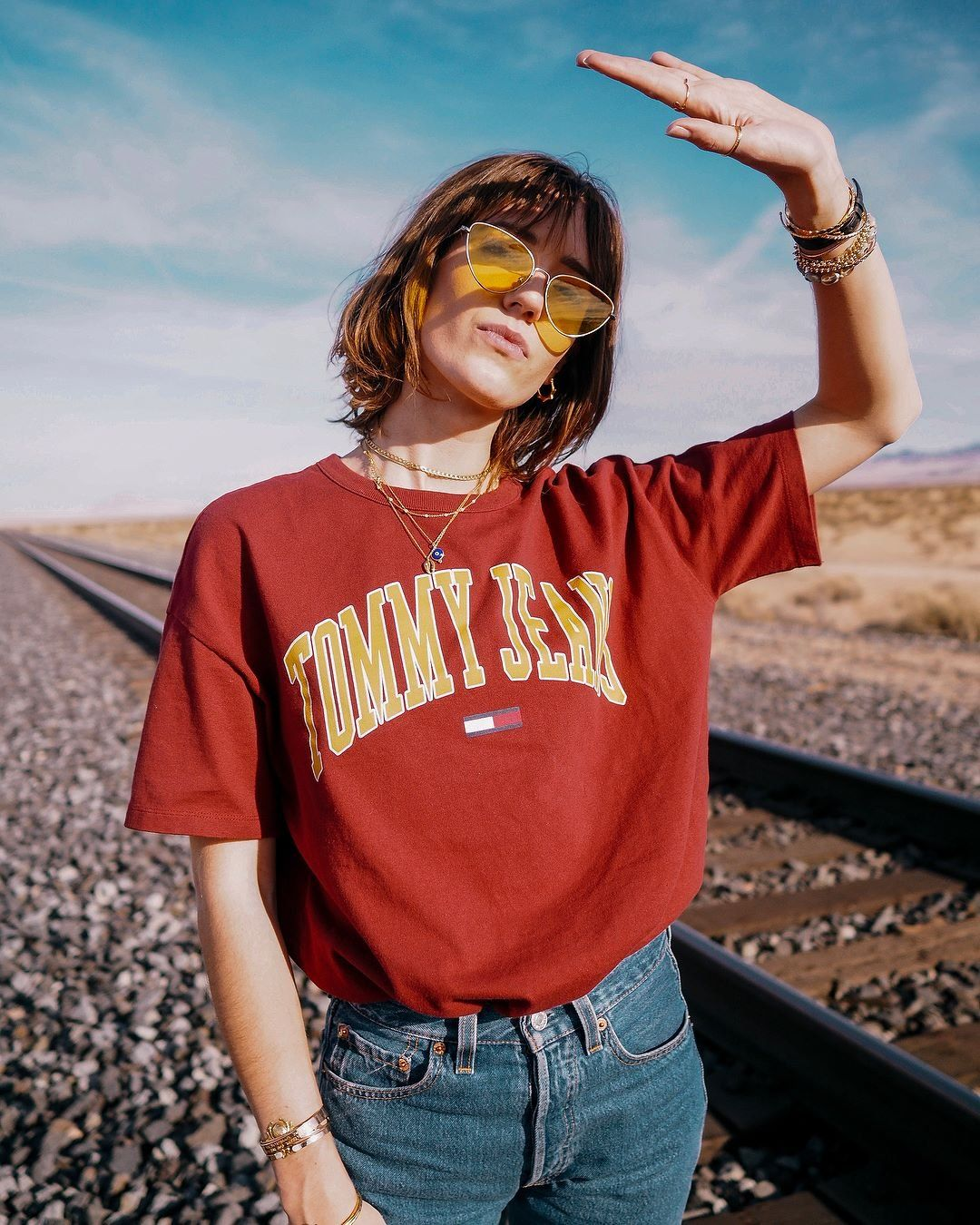 9347203315e2 Tommy Jeans Collegiate Wine Logo T-Shirt