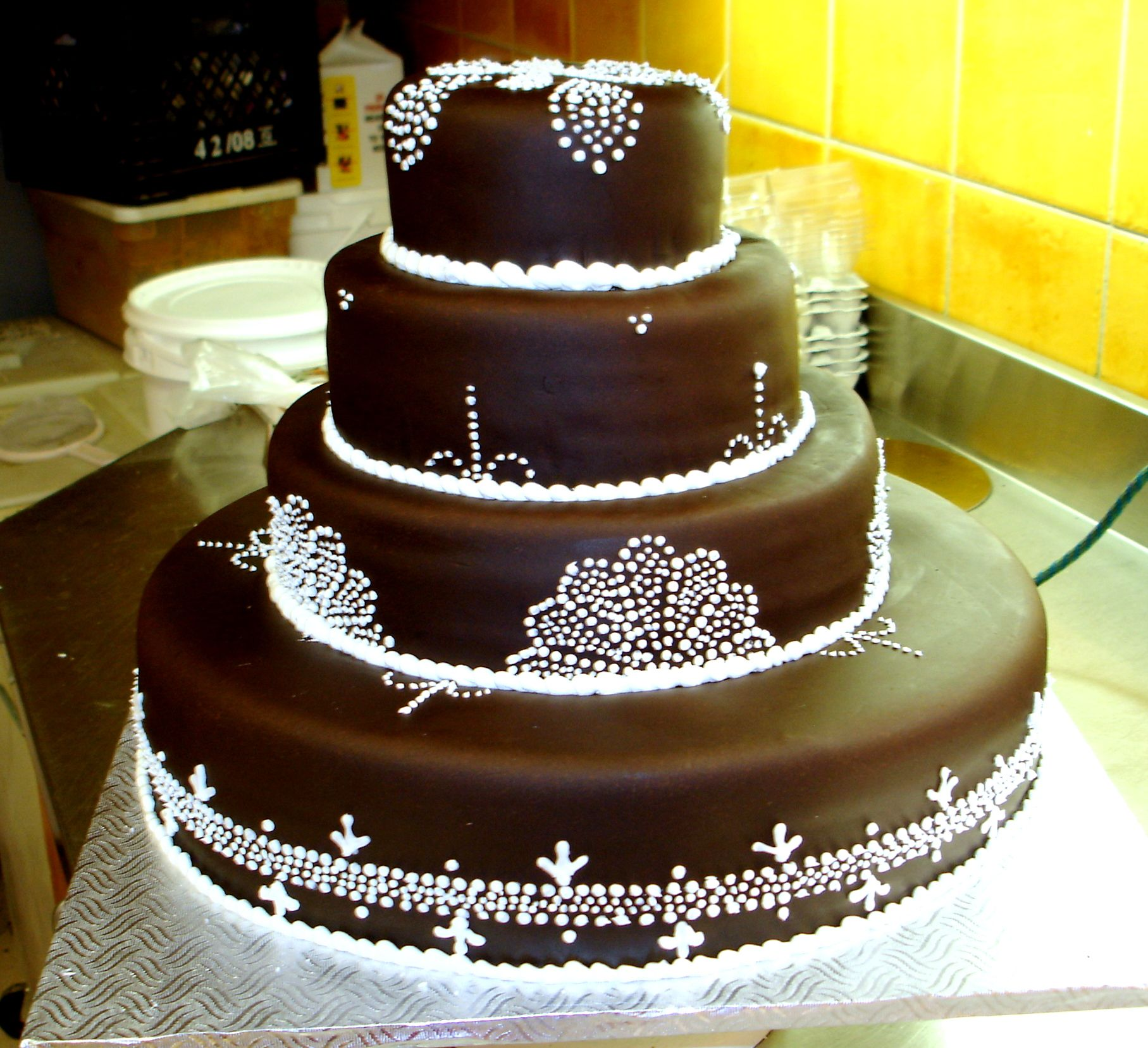 Cakes images wedding cake hd wallpaper and background photos - Image For Chocolate Fondant Wedding Cake Free Wallpaper For Desktop