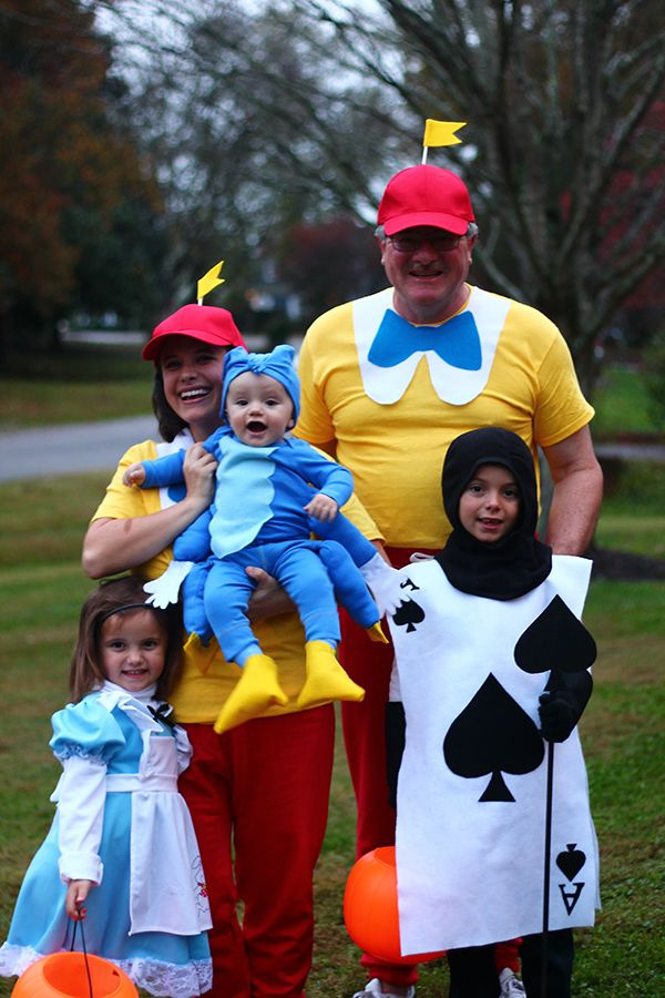 Family Alice In Wonderland Costumes With Easy Diy Tutorials