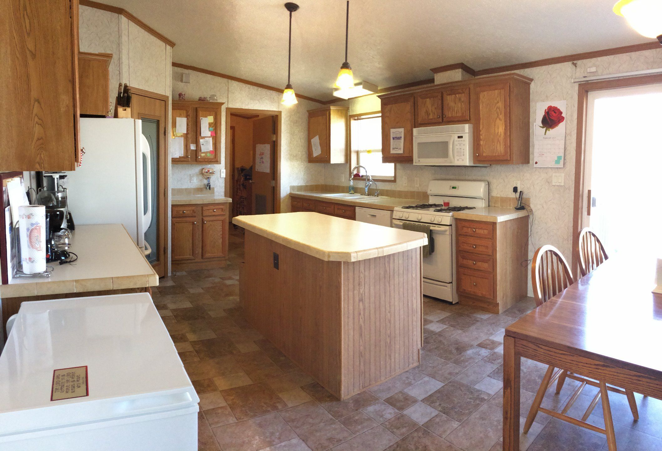 2005 Schult Mobile / Manufactured Home in Blaine, MN via MHVillage