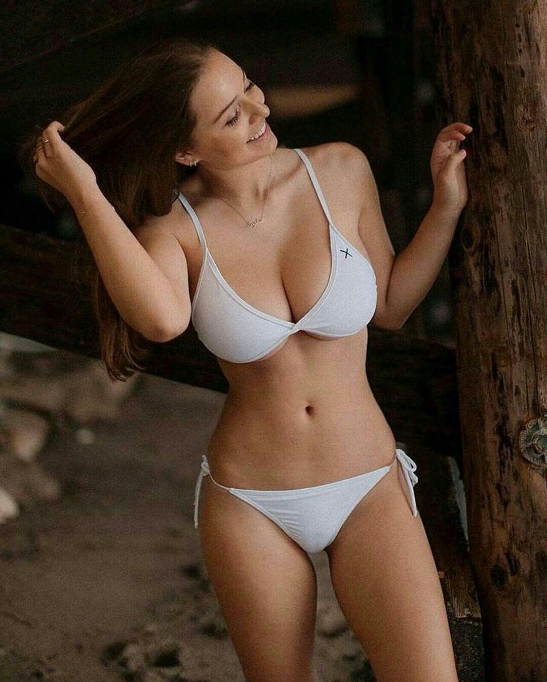13b078e718f33 Sophie Mudd Hot Bikini