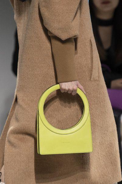 Annakiki en la Semana de la Moda de Milán Otoño 2020  – Bolsa