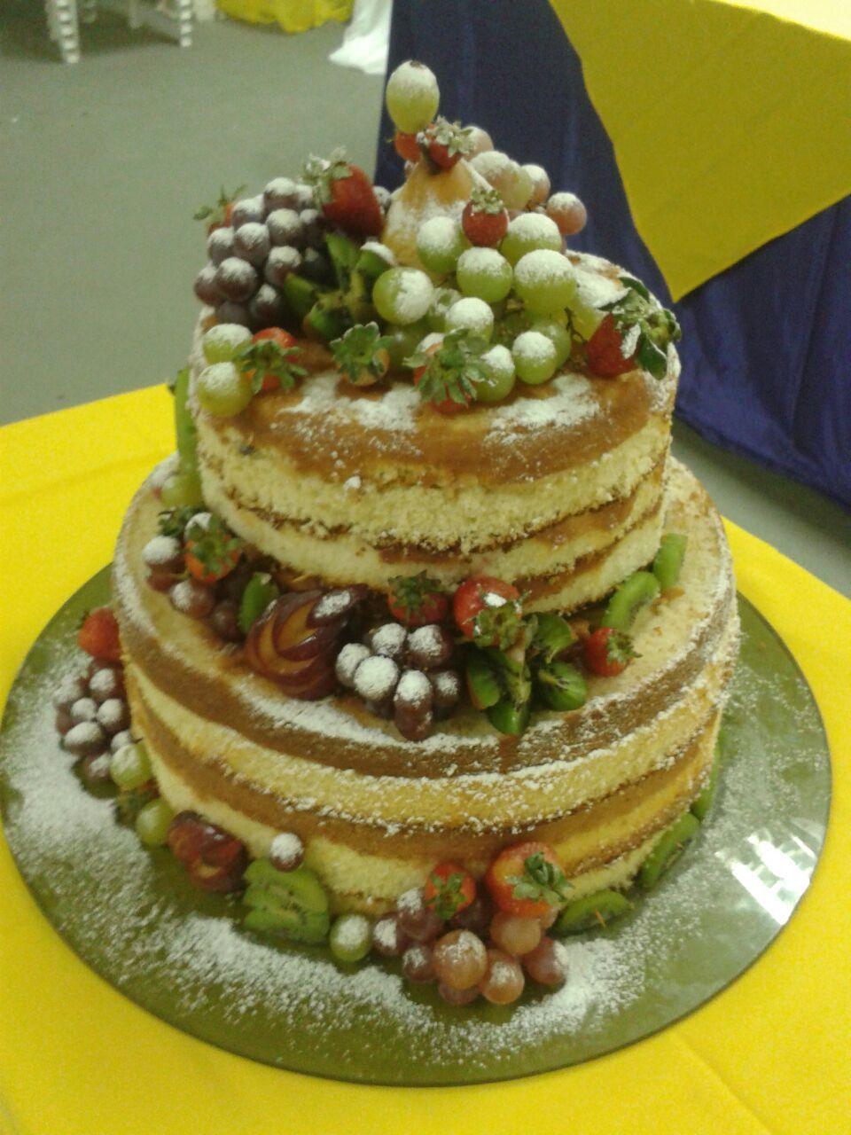 Pin Em Interesting Cake Decorations