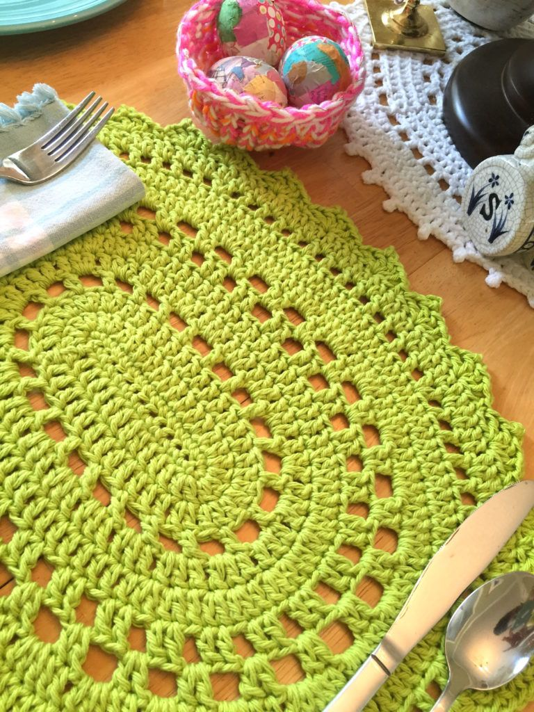 Free Crochet Patterns By Jennifer Edwards Oval Placement Easy Handwarmers And More Crochet Placemat Patterns Placemats Patterns Crochet Placemats