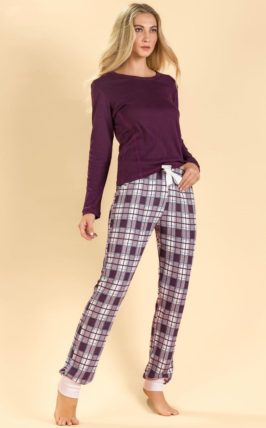 441fa4108d2cf8 Blusa de Ribana c/ calça de Moletinho. Curta uma combinação ...