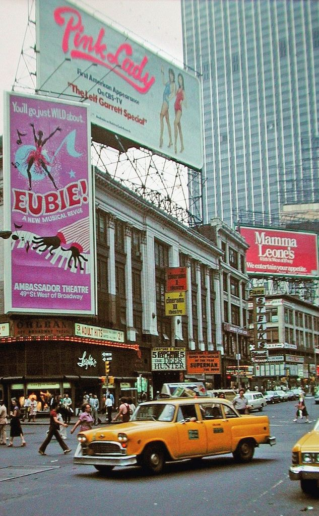 1970 S New York City Streetphotography Blackwhite Color