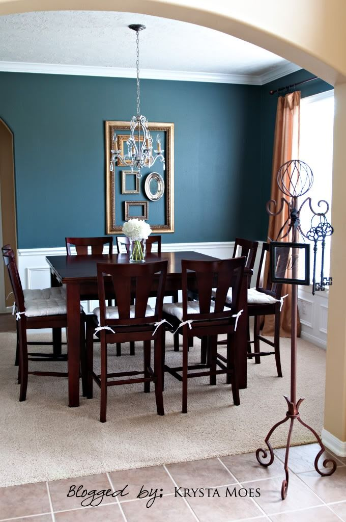 Get Your Gray Blue Color Inspiration From This Gorgeous Elegant Dining Room Here