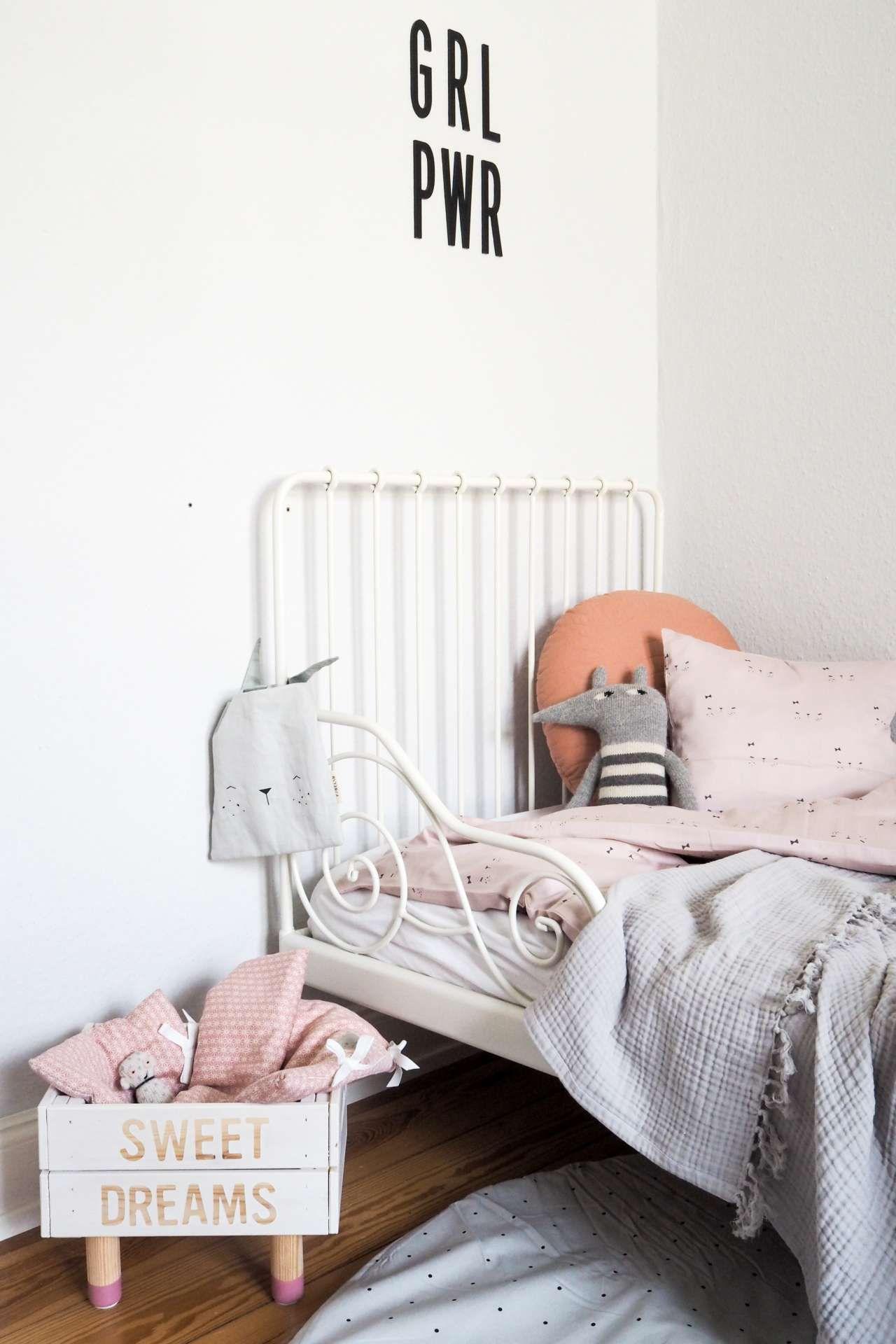 Himmlische Nächte Mit Den Schönsten Kinderzimmer Accessoires Von Kyddo Und  Einem Super Einfachen DIY Puppenbett