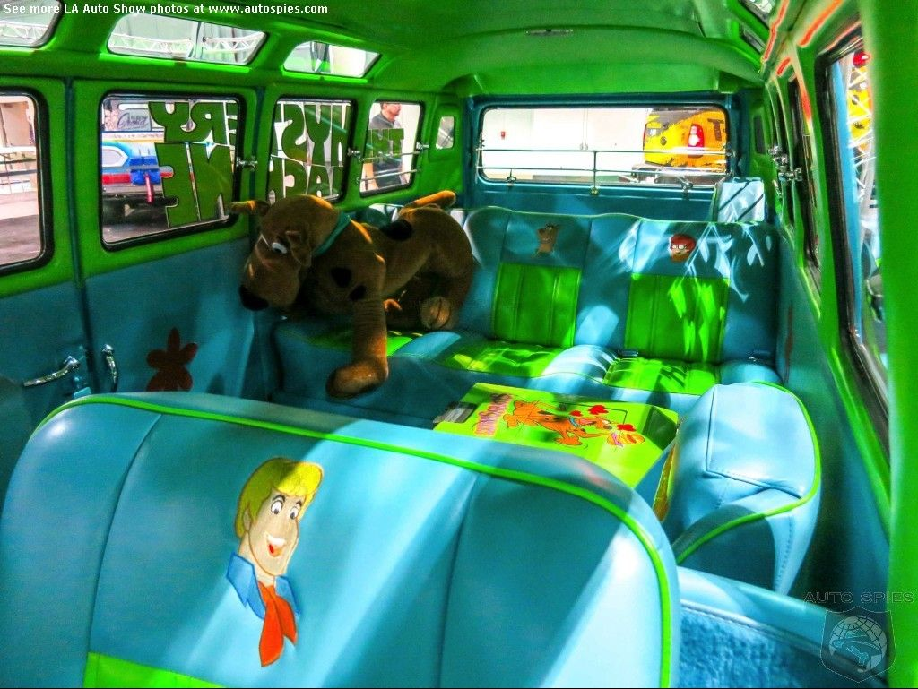 scooby doo mystery incorporated mystery machine