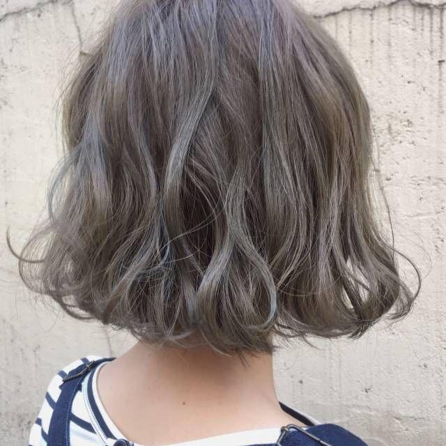 透明感のあるグレーアッシュが欲しい 市販ヘアカラーを12選ご紹介 ヘアスタイル 髪の長さ ボブパーマ 前髪あり