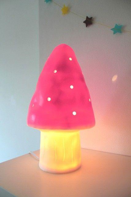 Lampe veilleuse champignon fuchsia / Carte Blanche Boutique carteblanche.fr : Le kidstore en ligne des 0-10 ans