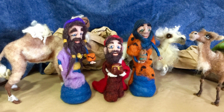 Reyes Magos de lana, los tres reyes magos , escultura de los tres Reyes Magos, figuras de belén, figuras de nacimiento, muñecos de lana de Wonderwoolart en Etsy