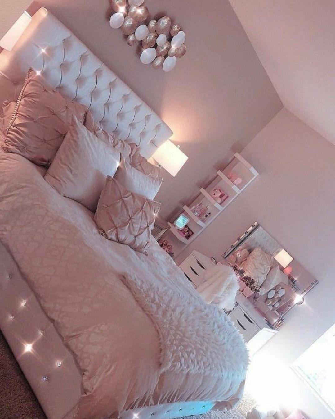 Bedroom Ideas Explore Explorepage Baddie Cute Outfits Bed Bedroomdecor Follow Pink Living Room Tumblr Decor