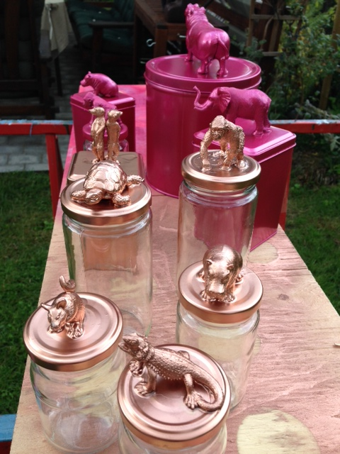 Plastdjur p burk diy crafts and creativity diy diy gifts och diy spray paint - Mobelknopfe glas ...