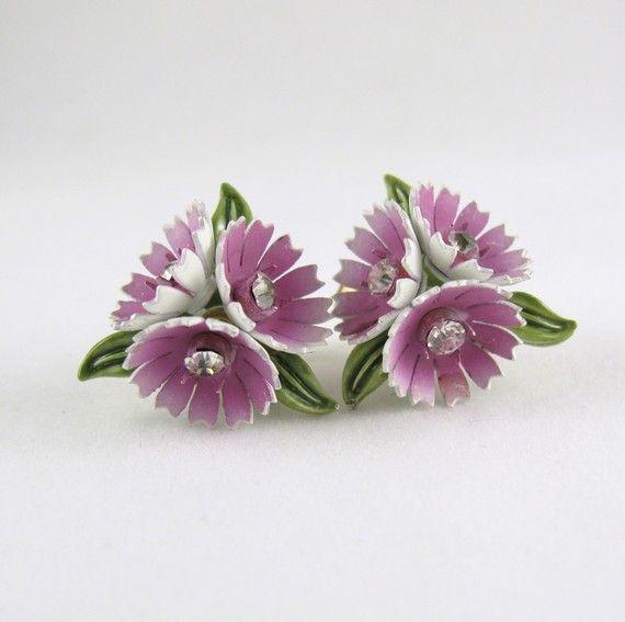 Vintage Signed Corocraft Springtime Flower Earrings by NiceAssets