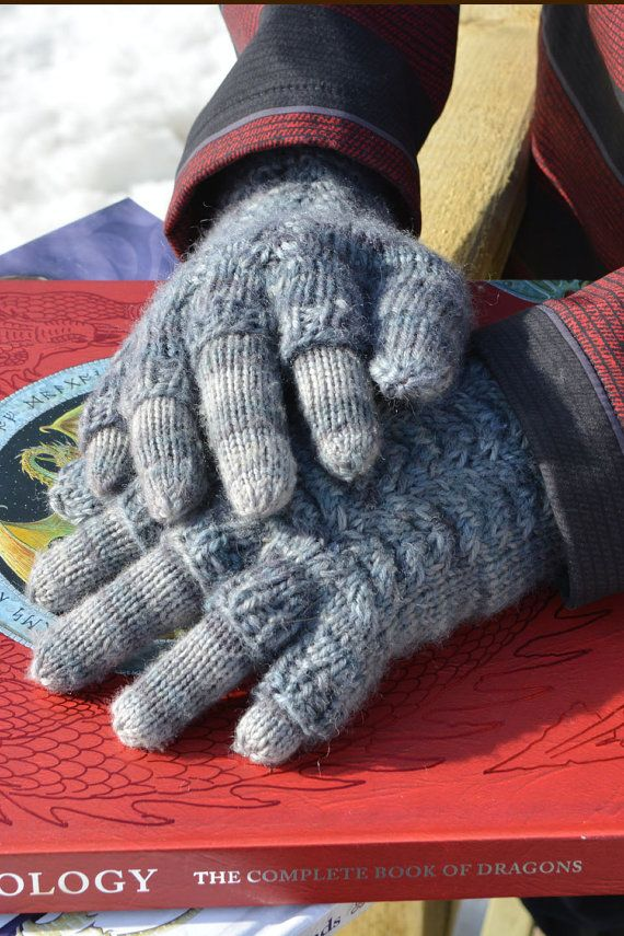 Guess Mens Woolen Gloves In Choco