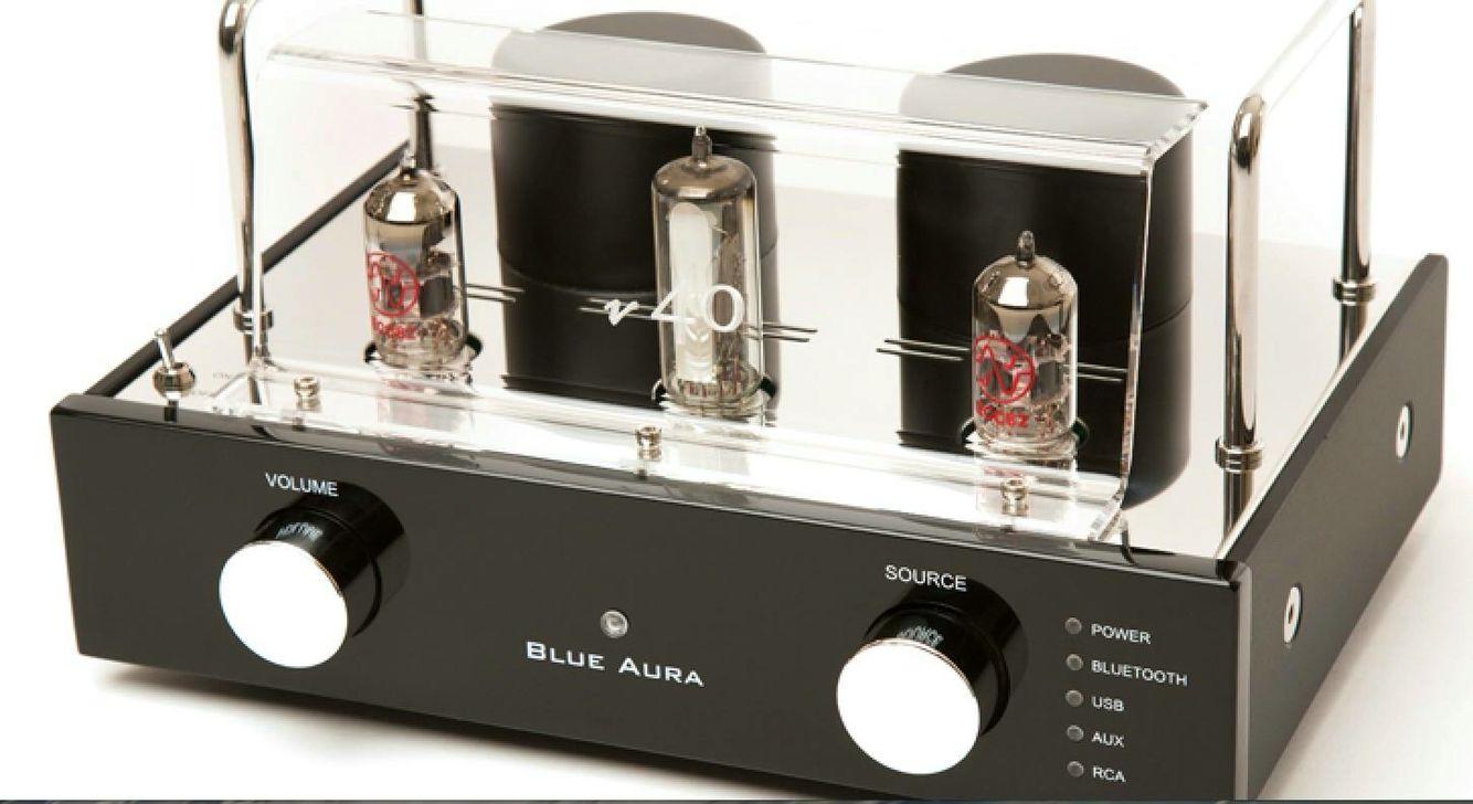 AUDIOPHILE MAN - HIFI NEWS: Blue Aura v40 Blackline The v40