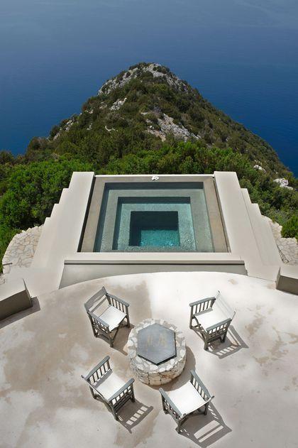 Piscine de rêve : couloir de nage, piscine à débordement, bassin aquatique...