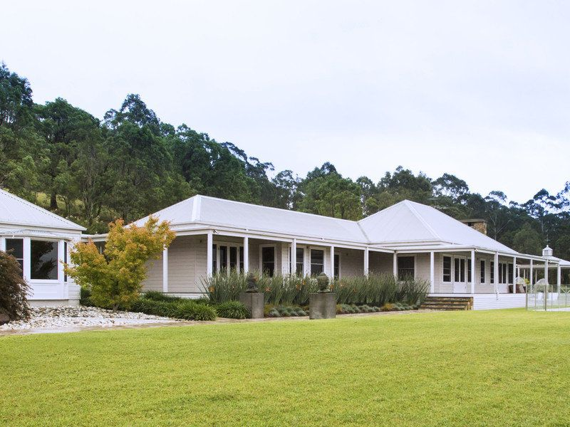 Country homestead house plans australia for Home designs south australia