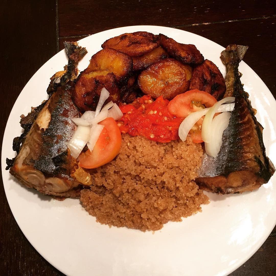 Attieke Peppersauce Plantain Mackerel Africanfood Foodstagram