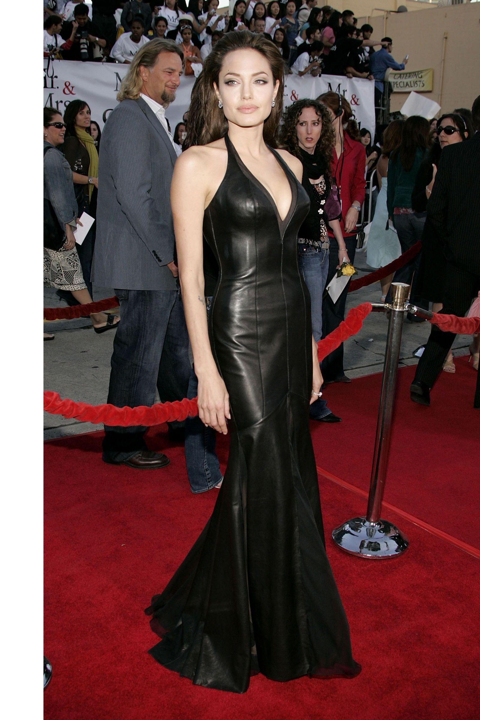 Angelina Jolie Shocked Brad Pitt Went To Jennifer Aniston ...