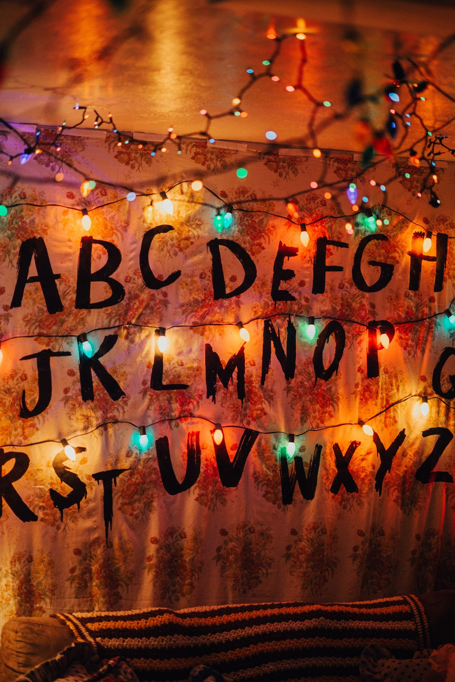 Stranger Things Party Decorations Byers Living Room Wallpaper