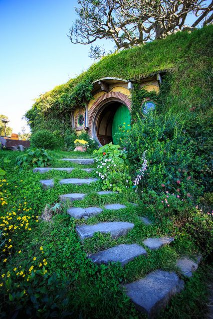 hobbiton in new zealand lovely place of hobbit houses neuseeland hobbit und herr der ringe. Black Bedroom Furniture Sets. Home Design Ideas