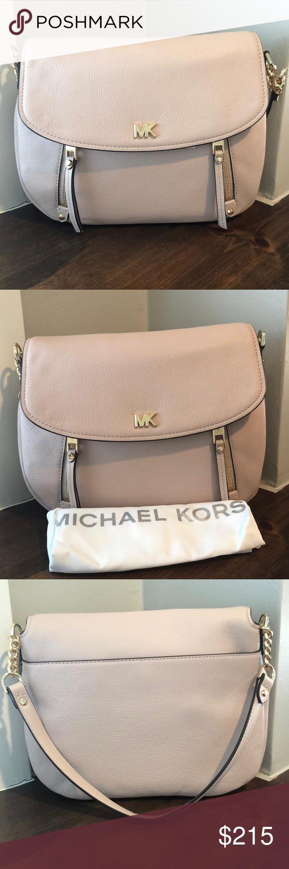 4d44c0b6b6c4e9 Michael Kors Evie soft pink MD shoulder flap bag New with tags attached!  Michael Kors