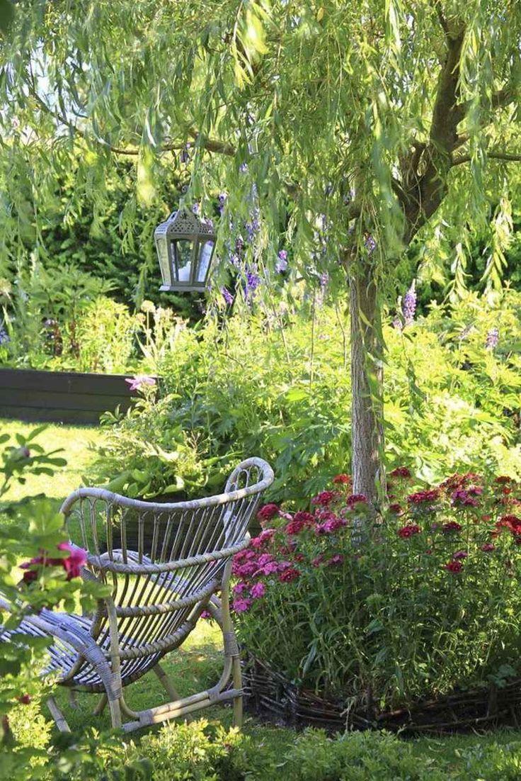 01 Beautiful Cottage Garden Ideas to Create Perfect Spot 01 Beautiful Cottage Garden Ideas to Create Perfect Spot