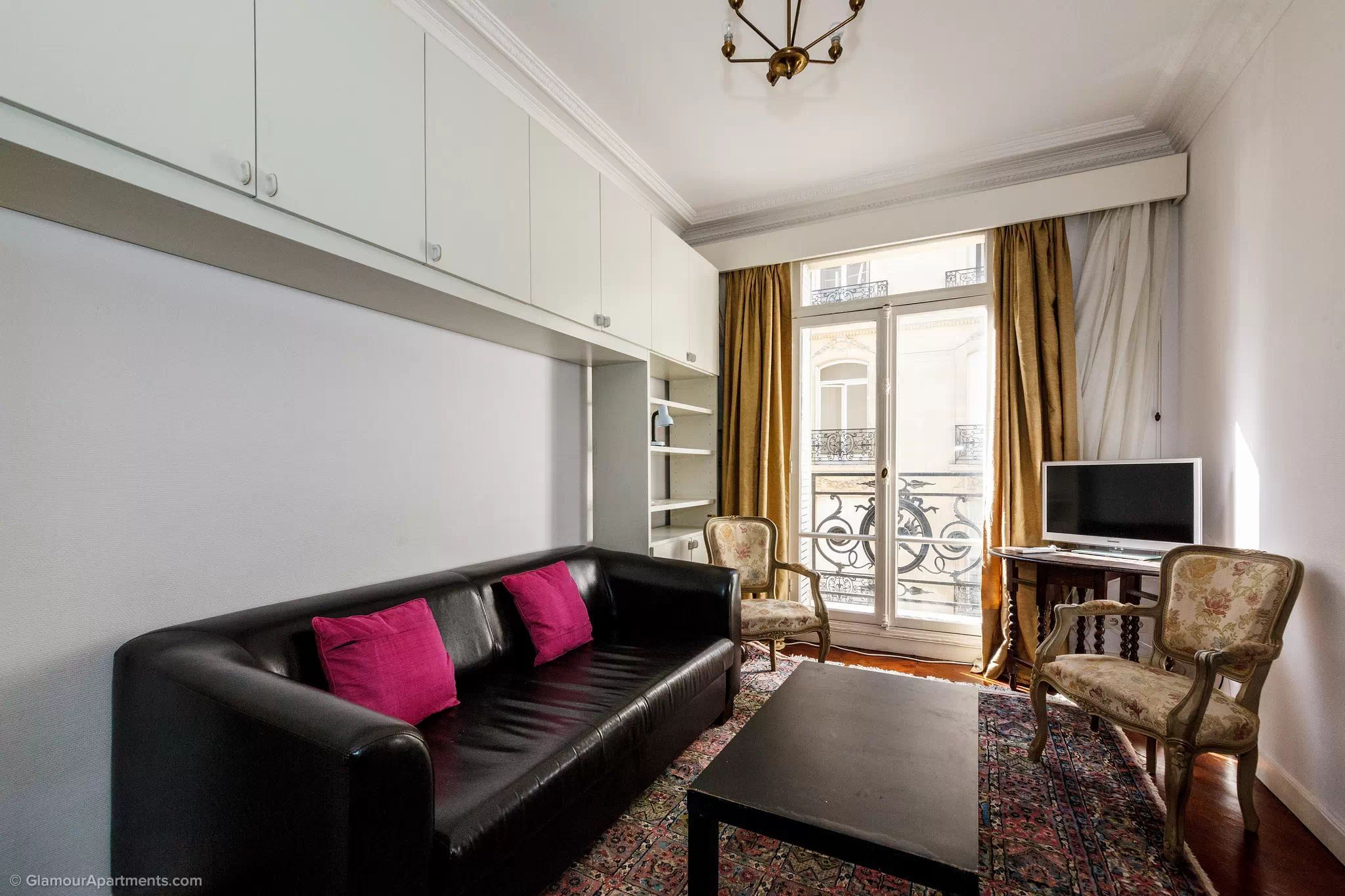1 bedroom apartment for long term rent in the 16th ...