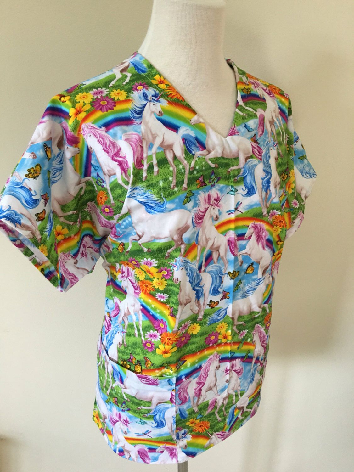 c5538298b41 Pin by Wendy Steere on Scrubs in my etsy | Tops, Floral tops, Scrub tops