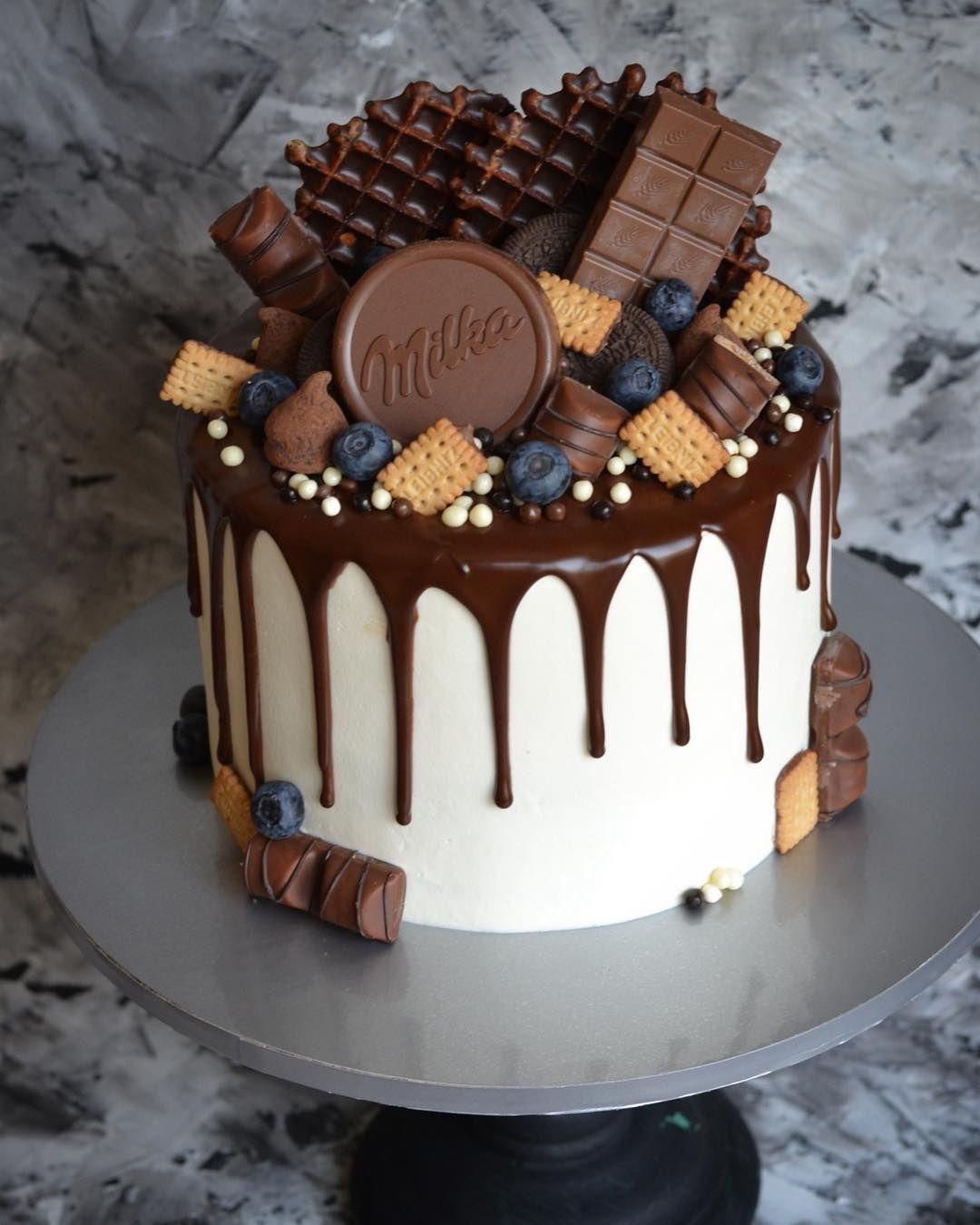 """Ekaterina on Instagram: """"Весь декор входит в стоимость торта"""