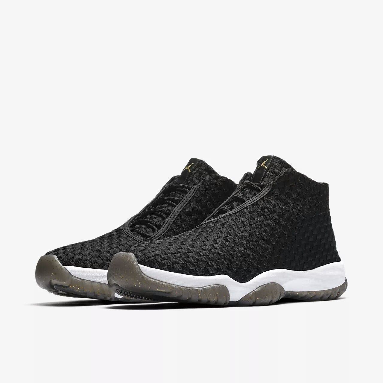 big sale 8a77f ab6a1 ... skor sverige xnx103918 2c391 7c525  shop michael jordan jordan future  air jordan xi sneaker magazine january 2018 6d161 ac8f8