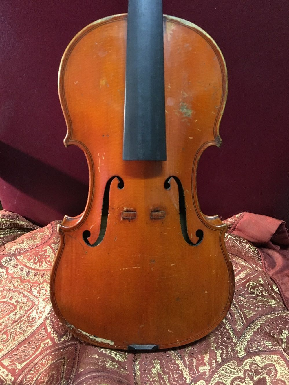 Antique Old Violin https://t.co/BdgLoNTs2I https://t.co/bUZO4RGTMN