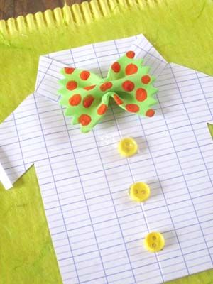 Diy carte chemisette n ud pap f te des p res dia del for Guitarras para ninos casa amarilla