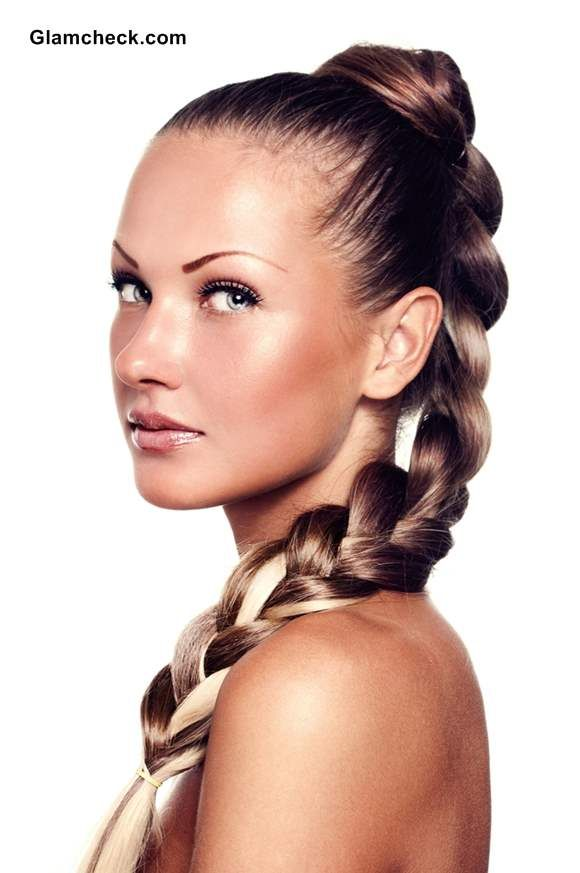 hairstyle chunky high plait