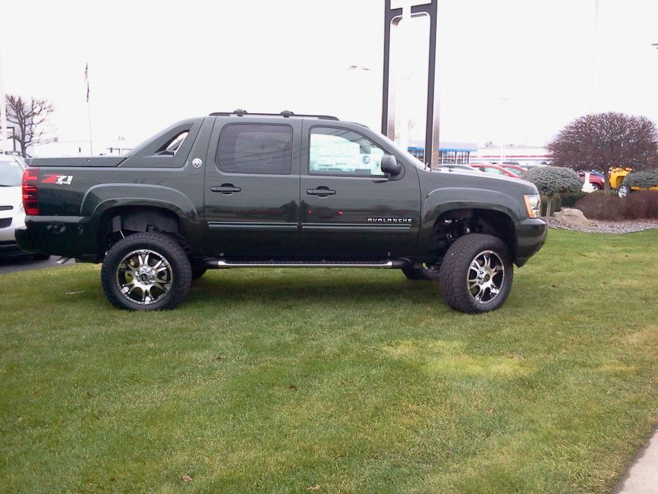 2013 Lifted Special Paint Fairway Green Avalanche Dream Cars Car Green