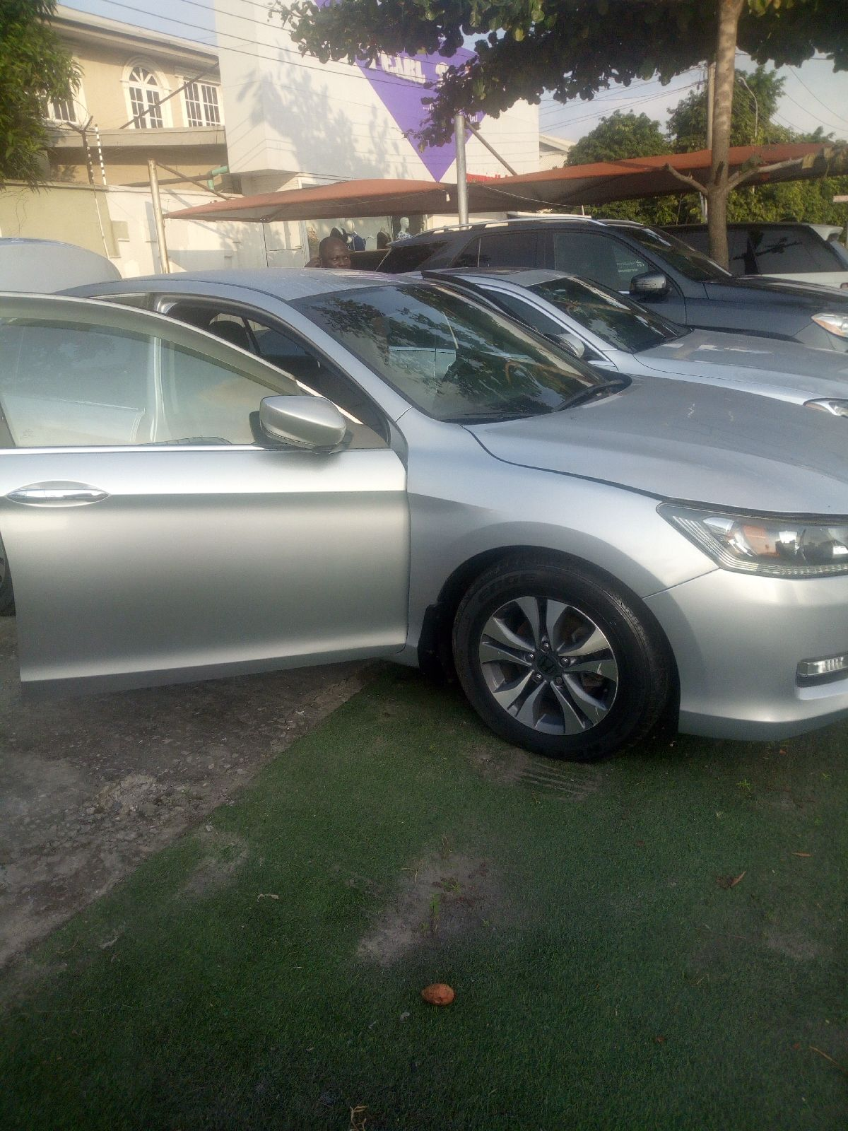SMART RIDES HONDA ACCORD 2012 FOREIGN USED CAR FOR SALE