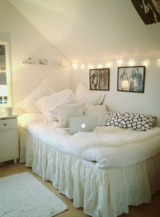 20 Chic Decor Items To Instantly Spice Up Your Dorm Room | Dorm Room, Dorm  And Tapestry