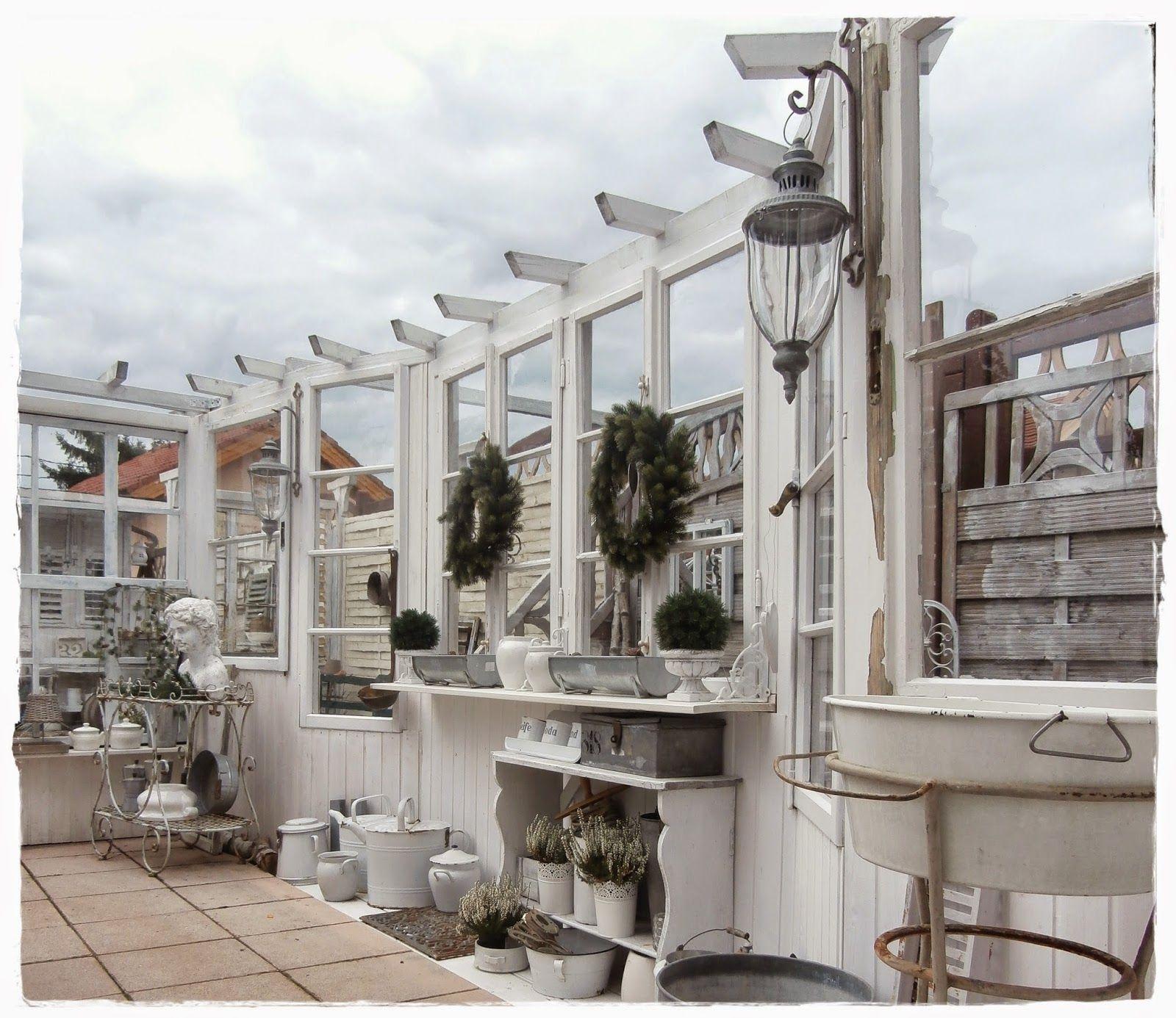 Shabby Landhaus alte Fenster Alte fenster, Terrassen