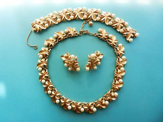 Trifari  rare EVE gold Fig leaves & pearls set  by RAKcreations