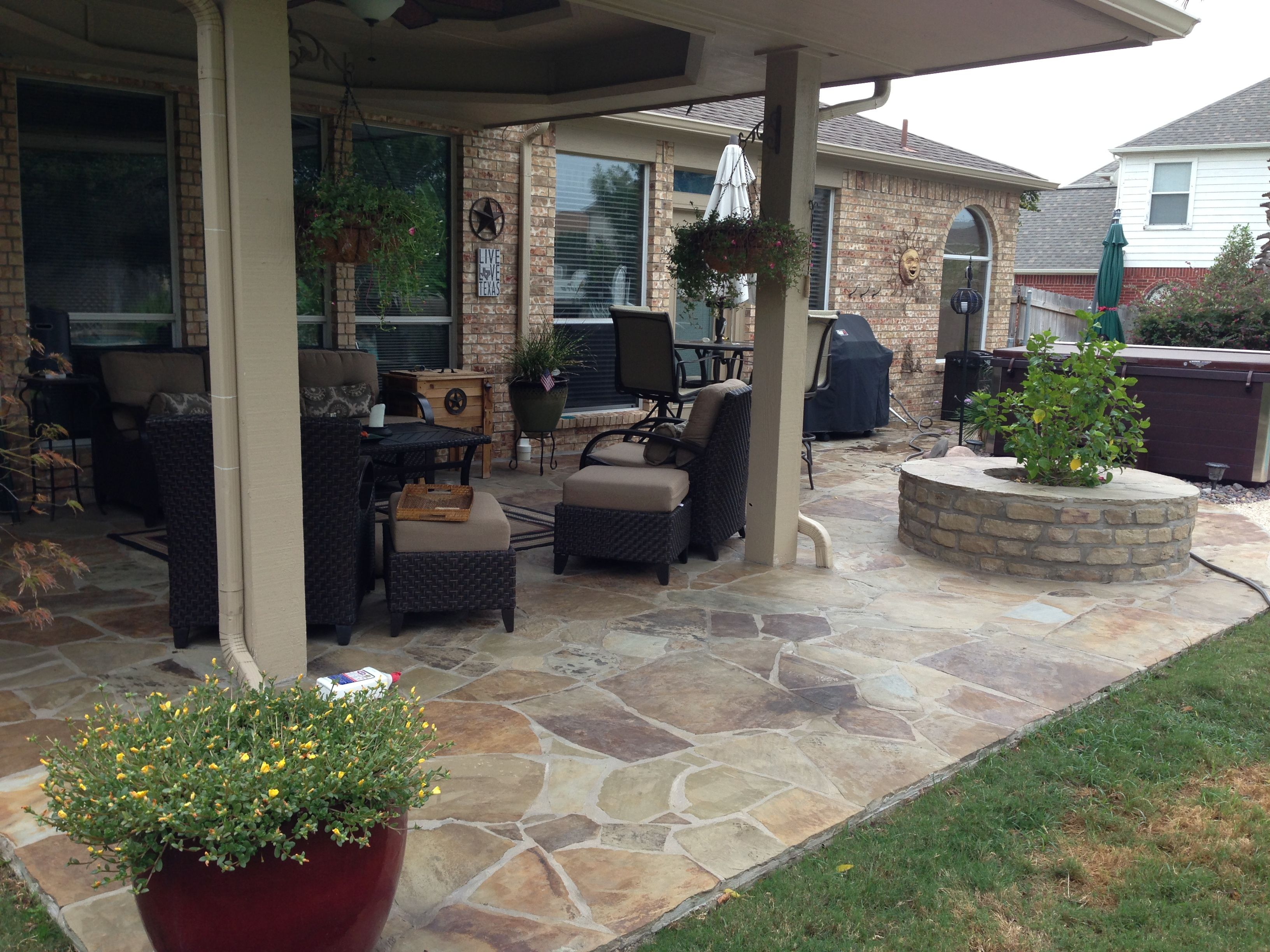 Flagstone patio | Patio stones, Patio pavers design, Patio on Small Backyard Stone Patio Ideas id=35842